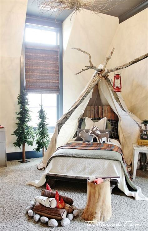 cool  fun christmas decor ideas  kids rooms
