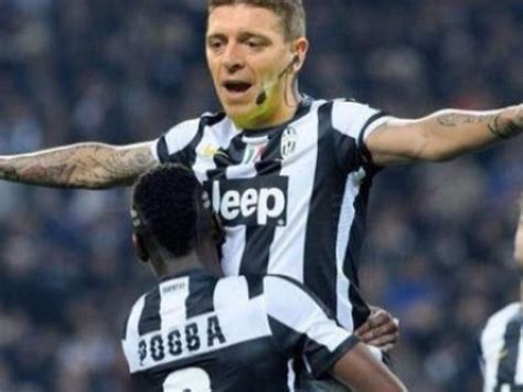 Kaos Juventus Scudetto 33 Juve 01 e il web si scatena juve roma l ironia foto si24