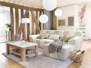 un salon bicolore ultra doux maisonapart With tapis de marche avec plaid canapé tendance