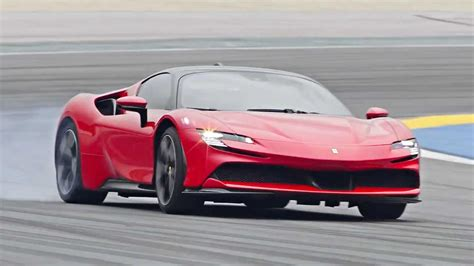 Ferrari sf90 stradale supercar revealed. The new Ferrari SF90 Stradale | The Gear Page