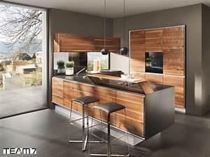 Moderne Küche Mit Kochinsel Holz : k che aus holz vorteile anbieter und preise ~ Bigdaddyawards.com Haus und Dekorationen