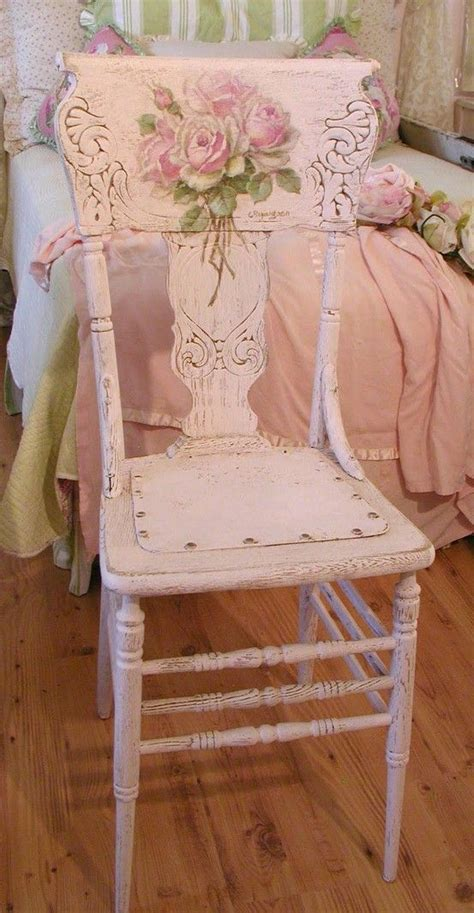 pink shabby chic furniture 25 best ideas about shabby chic pink on pinterest diy pink furniture shabby chic dressing