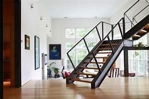 Stahltreppe Mit Holzstufen : die moderne stahltreppe f r innen und au en in ~ Michelbontemps.com Haus und Dekorationen
