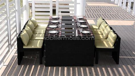 table chaise exterieur mobilier jardin table haute tonlan avec 4 tabourets de
