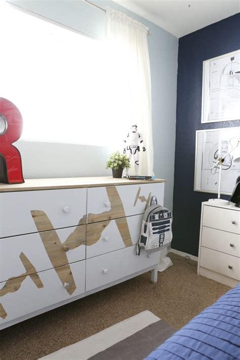 Wars Bedroom Decorations - diy wars dresser clutter
