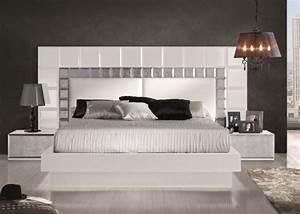 Dormitorio, Lacado, En, Blanco, Con, Detalles, En, Pan, De, Plata, Y