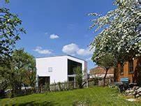 Architekten Augsburg Und Umgebung : haus eines architekten bei augsburg au en holz innen sichtbeton architektur und architekten ~ Markanthonyermac.com Haus und Dekorationen