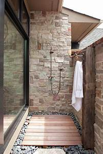 Outdoor Showers Of Your Dreams