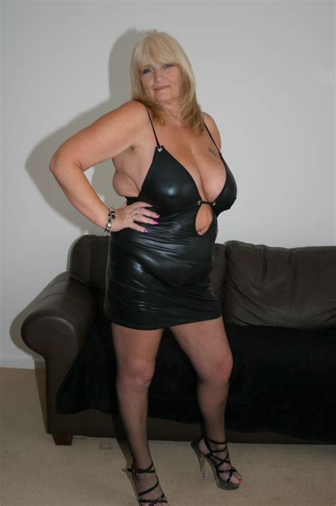 Mazza  Porn Pic From Sexy Mature Escorts Sex Image Gallery