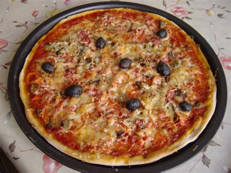 recette pate a pizza vorwerk pizza p 226 te au levain et garnitures photos