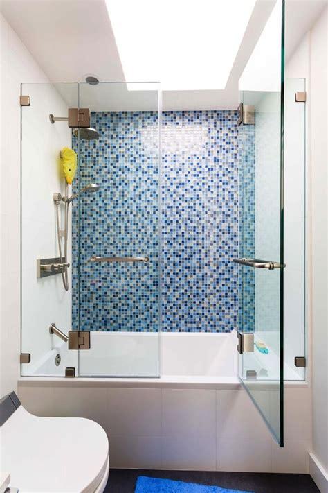 Impressive Frameless Hinged Tub Door Ideas