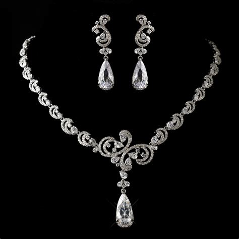 stress  bridal jewelry boutique luxury jewelry set