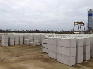 Fabrication Du Béton : golebloc bloc beton fabrication stock golebloc ~ Premium-room.com Idées de Décoration