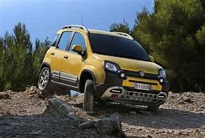 Nouvelle Fiat Panda : fiat panda cross double personnalit 4 4 et citadine les voitures ~ Maxctalentgroup.com Avis de Voitures