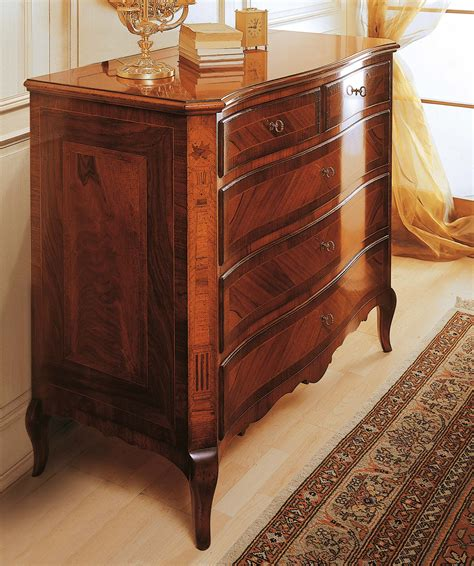 classic 19th century bedroom chest of drawers in