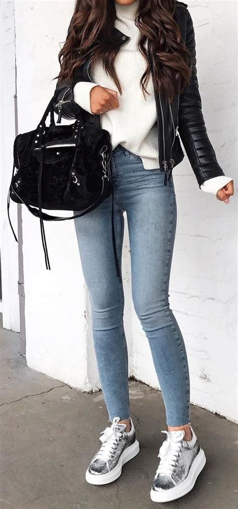 #fall #outfits Skinny Jeans // Metallic Sneakers ...