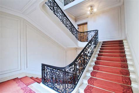 conception cuisine but cage escalier green river entreprise generale de