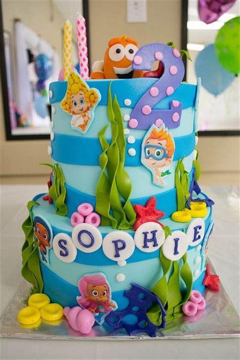Guppies Cake Decorations Nz by Best 25 Guppies Birthday Cake Ideas On
