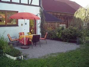Freisitz Im Garten : ferienwohnung henkel hofbieber frau silvia henkel ~ A.2002-acura-tl-radio.info Haus und Dekorationen