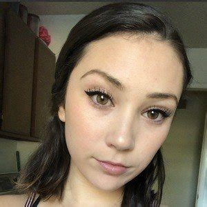 Lexi Poll - Bio, Facts, Family | Famous Birthdays