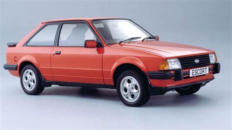 vauxhall ford ford vs vauxhall retro hatch showdown motoring