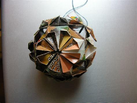 paper ball ornaments   christmas tree