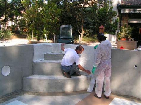 construction escalier de piscine
