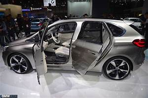 Bmw Paris 17 : world premiere 2012 paris motor show bmw concept active tourer ~ Medecine-chirurgie-esthetiques.com Avis de Voitures