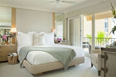 Penthousestyle Bedrooms How To Decorate With A Sleek Theme