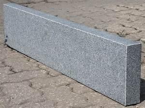 Granit Geflammt Und Gebürstet : bauzentrum beckmann naturstein palisaden stelen ~ Markanthonyermac.com Haus und Dekorationen