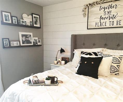 Master Bedroom Decor Black And White Decor Modern