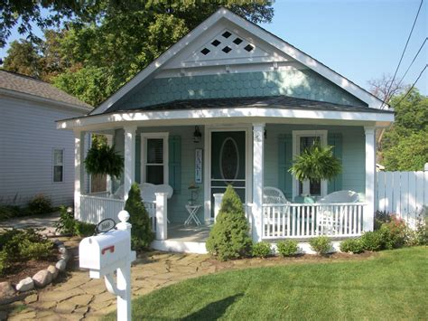 Cottage Redo Winner Of This Old House Curb Appeal
