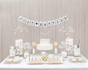 ideen gastgeschenke hochzeit bar all white weddingstyle de