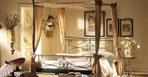 chambre a coucher amoureux déco chambre à coucher romantique à baldaquin