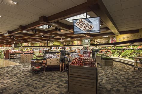Lunds & Byerlys Golden Valley
