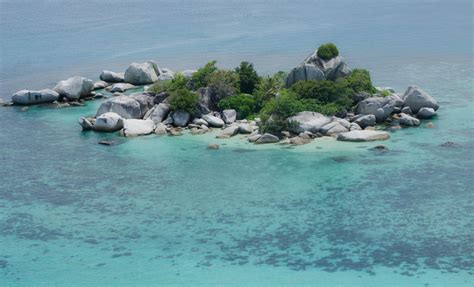 pulau lengkuas belitung timur backpacker jakarta