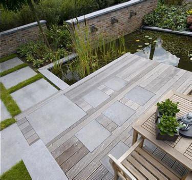 dalle beton lisse gris bois jpg 375 215 352 pixels beton expose bois et pelouses