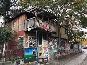Baumhaus An Der Mauer : ein tag in berlin stadtrundgang kreuzberg markthalle ix schifffahrt und friedrichstadt palast ~ Eleganceandgraceweddings.com Haus und Dekorationen