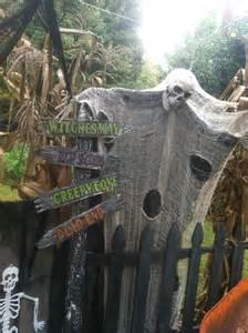 Corn Maze Halloween Decoration Ideas