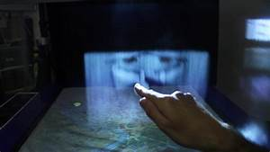 Integrated Marketing Leia Display System Uses A Screen Made Of Water Mist To