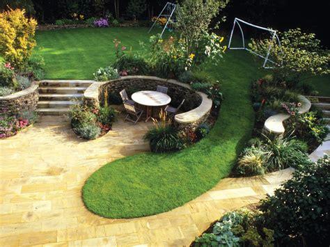 table de jardin avec chaise pas cher 40 idées de salon de jardin pas cher