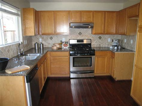 kitchen wood flooring ideas kitchen wood flooring ideas honey oak kitchen cabinets with wood floors light oak kitchen