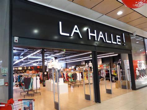 siege la halle aux vetements la halle des magasins qui changent de look