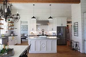 Joanna gaines reveals the favorite part of her kitchen 39i for Kitchen colors with white cabinets with buddha 3 piece wall art