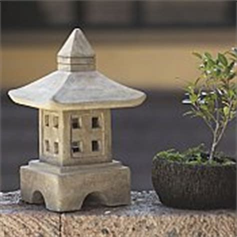japanese garden lantern ash oki gata for sale by