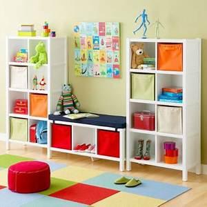 Meuble Rangement Salle De Jeux : une salle de jeux m ga top pour les enfants deco cool ~ Teatrodelosmanantiales.com Idées de Décoration