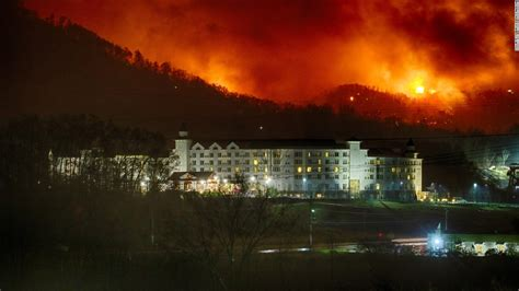 gatlinburg tennessee residents ecape firestorm cnn