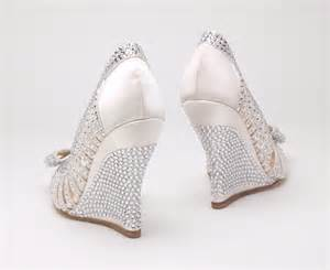silver wedge bridesmaid shoes silver wedge wedding shoes designers tips and photo