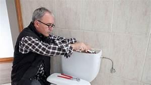 Réparer Une Chasse D Eau : comment remplacer une chasse d 39 eau c t maison ~ Melissatoandfro.com Idées de Décoration