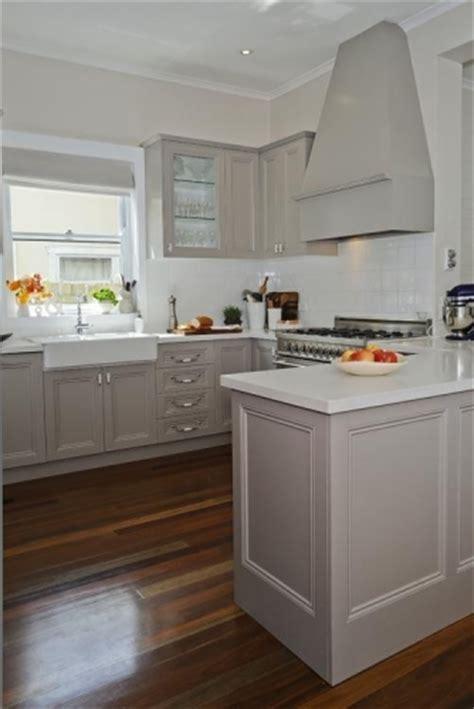 ikea kitchen accessories australia mobila bucatarie gri lucios cu alb 4447